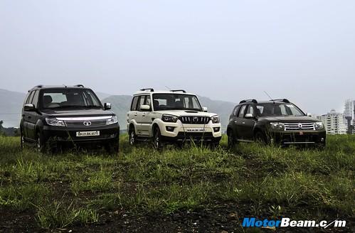 Tata-Safari-vs-Mahindra-Scorpio-vs-Renault-Duster-03