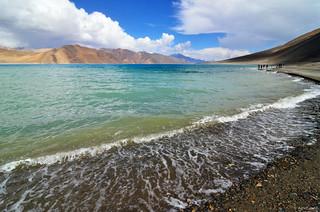 Emerald blue water of Pangong