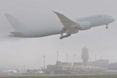 Air Canada Boeing 787-800 Dreamliner; C-GHPV@ZRH;18.10.2014/766ab (Aero Icarus) Tags: plane aircraft flugzeug takeoff avion aircanada zrh zürichkloten flughafenzürich dreamliner boeing787 boeing787800 cghpv
