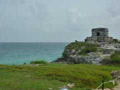 P1020352 (ferenc.puskas81) Tags: ocean sea america mexico temple ruins riviera mare maya god central july tulum winds 2010 oceano centrale messico luglio tempio godofwindstemple