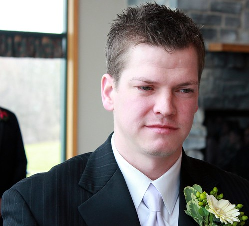 "groom • <a style=""font-size:0.8em;"" href=""http://www.flickr.com/photos/128904605@N08/15419204747/"" target=""_blank"">View on Flickr</a>"