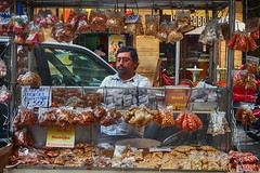 2014 Chili (thierry_jacquet) Tags: chile street santiago portrait shop chili rue seller vendeur