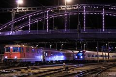 SBB 11212, Chur (MacCookie) Tags: 11212 500039 5000393 918544202123chsbb 94855000398chsbb augustepiccard bahnhofchur cff cnl40478 cantonofgraubünden cheminsdeferfédérauxsuisses chur churstation citynightline confoederatiohelvetica db deutschebahn deutschebahnag emu electricmultipleunit europe ffs ferroviefederalisvizzere germanrailways graubünden grisons icn intercityneigezug pegasus pininfarina plessur rabde500 re44ii re44 re420 sbb sbbcffffs schweiz schweizerischebundesbahnen suisse svizzera swissconfederation swissfederalrailways swissrailways switzerland bahn eisenbahn electriclocomotive engine highspeedtrain locohauledpassengertrain locomotive night nightphotography overnightservice passengertrain railways sleeper tiltingtrain winter zug nightshot