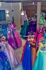 Dresses (Mike Matney Photography) Tags: canon illinois october midwest mississippiriver stl alton 2014 eos7d scottkelbyworldwidephotowalk wwpw2014