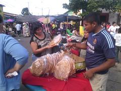 "Chalchuapa celebró el tradicional Día de los Difuntos • <a style=""font-size:0.8em;"" href=""http://www.flickr.com/photos/128125288@N02/15518974210/"" target=""_blank"">View on Flickr</a>"