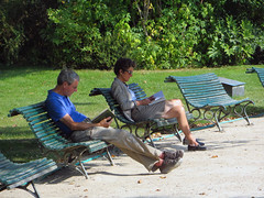 Eigen (Merodema Books &c) Tags: bench lesen reading banco bank read parkbench banc lire fff bankje lezen sitte penkki bnk bekkur lectio lieverlezend legere lamh lze citanje legadon