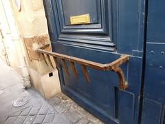 Objets des rues de PARIS P1030481 (Dorenrof Claudius **PARIS**) Tags: en danger petit patrimoine parisien