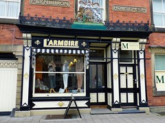 Photo of L'Armoire, Llanidloes