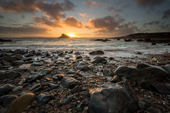 Golden light (T_J_P) Tags: sunset sea seascape coast cornwall 09 lee filters stmichaelsmount marazion gnd