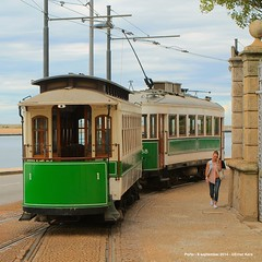 Around the corner (ernstkers) Tags: 1 288 atrelado douro porto portugal stcp stcp1 stcp288 streetcar trailer tram tramvia tranvia trolley elctrico strasenbahn bonde sprvagn