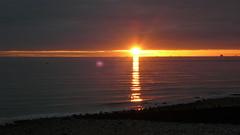 Le Havre - Saint Adresse - Soleil couchant sur la plage (jeanlouisallix) Tags: sunset sea panorama mer france beach grave saint seine automne de soleil le havre maritime normandie paysage range plage reflets impression couchant lumires haute adresse impressionisme estran