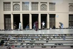Dubai (Iam Marjon Bleeker) Tags: verenigdearabischeemiraten dubai moskee shoes 2017 dag2md0c3304g