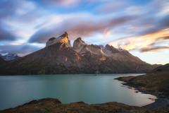 Cuernos y Nubes (W.R.Sircy) Tags: torresdelpaine chile patagonia lake lago clouds nubes cuernos miradorcuernos water longexposure leebigstopper rrs tvc34l bh55