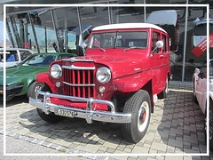 Jeep Willys Station Wagon (v8dub) Tags: jeep willys station wagon 4x4 geländewagen schweiz suisse switzerland fribourg freiburg otm american pkw voiture car wagen worldcars auto automobile automotive old oldtimer oldcar klassik classic collector