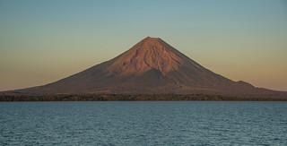 Vulkan Concepción in der Abendsonne