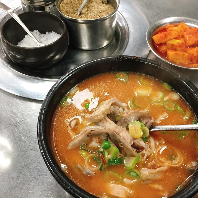 首爾 ▪ 龍山/三角地 평양집 平壤屋 暖胃暖心的內臟湯飯 週三美食匯