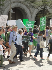TWH25154 (huebner family photos) Tags: sony hx100v washington dc protests demonstrations taxmarch trump 2017 trumpinternationalhotel