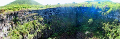 sinkhole - santa cruz island, galápagos 2 (Russell Scott Images) Tags: santacruzisland galápagos equador sinkholes losgemelos twincraters