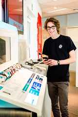 Student Office Management, Kenneth Hannaert, op stage bij Media Markt - Saturn (erasmushogeschool) Tags: erasmushogeschool brussel ehb office management mediamarkt media markt saturn stage