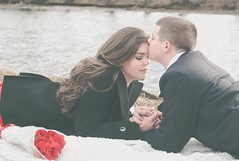 love (designsHOBBYPHOTOGRAPHY) Tags: love valentine valentinesday young couple portrait people red kiss