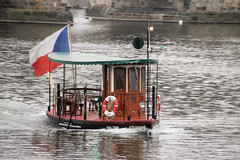 Prag am 17.03.2016 (pilot_micha) Tags: 17032017 boot cz fluss flus hauptstadt moldau märz2017 prag stadt tschechien boat capitalcity city march2017 river