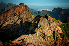 Pico_do_Arieiro_1962 (experience to discover) Tags: pico do arieiro madeira portugal mountain berg über den wolken beautiful light national geographic ngc landscape landschaft