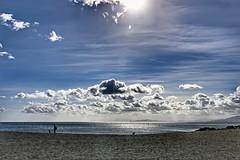 2017-04-10 18.12.34 (anyera2015) Tags: ceuta canon canon70d playa hdr ribera nubes nublado mar