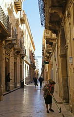 Marsala, Via Rapisardi (HEN-Magonza) Tags: marsala sizilien sicily sicilia italien italy italia