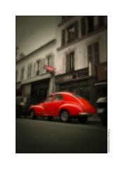 P2260949 (cowsandgirl71) Tags: panasonic paris fz200 voitures rouge garage vintage ancien art