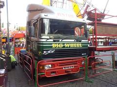 M648 XFM - Branden Weston (quicksilver coaches) Tags: fairground erf funfair weston ilkeston ec showmans ec10 m648xfm
