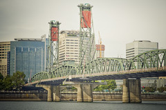 hawthorne bridge (dibec) Tags: city bridge usa oregon portland downtown nw metro or pdx hawthorne 2014