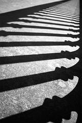 infinity (mouzhik) Tags: shadow blackandwhite bw paris blancoynegro monochrome canon noiretblanc infinity ombra efs1855mm sombra nb ombre monochrom infinito schatten bianconero parijs biancoenero pars blanconegro cie zemzem  muzhik pary  mujik parys  endlessness schwarzweis   unendlichkeit pariisi infinit infinidad    infinit infinidade parizo moujik  endlosigkeit  mouzhik eos100d   pars  prizs 1250sf35iso100