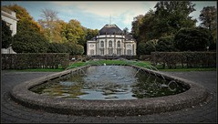 Bad Oeynhausen - spa gardens - westphalia (F.G.St) Tags: camera city digital germany flickr diverse saxony award okt simply soe dortmund 0405 oldenburg compact autofocus 2014 vpu lowersaxony cloppenburg soltau greatphotographers oeynhausen totalphoto frameit flickraward colourartaward nikonflickraward nikonflickrawardgold vpu1 flickrstruereflection1 flickrstruereflection2 flickrstruereflection3 flickrstruereflection4 flickrstruereflectionlevel1 rememberthatmomentlevel1 magicmomentsinyourlifelevel2 magicmomentsinyourlifelevel1 rememberthatmomentlevel2 rememberthatmomentlevel3 flickrstruereflction4 vigilantphotographersunite vpu2 10102014 11092014 01102014 27092014 04072014 21092014 29092014 13092014 25092014 11082014 18102014
