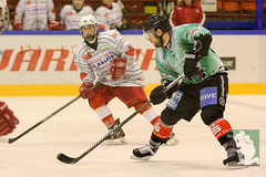 "OL15 Moskitos Essen vs. Ice Aliens Ratingen 17.10.2014 009.jpg • <a style=""font-size:0.8em;"" href=""http://www.flickr.com/photos/64442770@N03/15437012560/"" target=""_blank"">View on Flickr</a>"