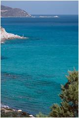 Villasimius, Capo Carbonara, Sardegna (YYNTL) Tags: sardegna trip blue summer vacation holiday strand vakantie europa europe blauw mare waves sardinia villasimius sailing estate zee parasol zomer sole boattrip acqua spiaggia sardinien isola mediterrenian zout sardinie middellandsezee capocarbonara mediterraans