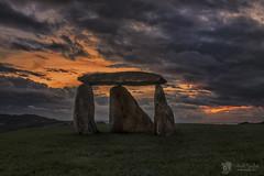 Dolmen (Chencho Mendoza) Tags: parque nikon bens dolmen acoruña d610 chenchomendoza