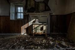 Sinner-1 (StussyExplores) Tags: abandoned bay scotland harbour decay cottage explore croft stove exploration derelict urbex rurex