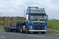 "Hamilton Tarmac (Hurlford) Volvo FH (G) 480 6 X 2 W111TAR ""Andy"" A76 Crossroads Roundabout (Malcie Man) Tags: andy tarmac volvo g low roundabout hamilton 480 loader heavy crossroads fh a76 haulage hurlford w111tar"