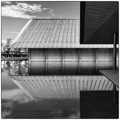 SAGAWA Art Museum (Masahiko Kuroki (a.k.a miyabean)) Tags: bw architecture square noiretblanc explore fujixe1 fujifilmsuperebcxf2841855mm