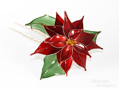 BestPeopleCa Poinsettia (BestPeople.Ca) Tags: christmas red green hair gold pin ornament stick accessories transparent kanzashi bestpeopleca