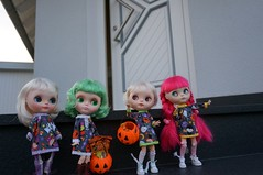30/365 and Blythe A Day 26 October 2014 - Trick  ... or TREAT