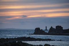 IMG_1917 (jmmuggianu) Tags: sunset de soleil rocks coucher coucherdesoleil rochers finistère argenton