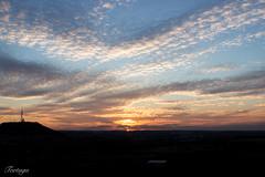 atardecer (2) (SalVF) Tags: sky sun clouds atardecer la afternoon paisaje valladolid late nuves cisterniga