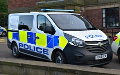 KO66KCN (Cobalt271) Tags: ko66kcn northumbria police new vauxhall vivaro 16 cdti biturbo response van proud to protect livery