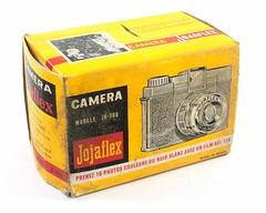 Great Wall Plastic Factory, Jojaflex JK-100 (Hong-Kong, c. 1970) (Cletus Awreetus) Tags: appareilphotographique camera compact jouet jojafex jk100 greatwallplasticfactory nanar emballage boîte carton