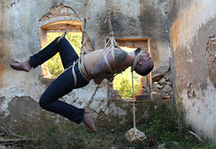 n-out 1 (shibarigarraf) Tags: shibari bondage kinbaku shibarigarraf male rope outdoor