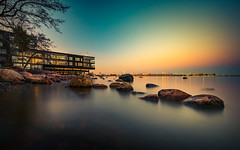 Lauttasaari (Edgar Myller) Tags: polarizer filter nd ndfilter smooth water long exposure architecture house sea helsinki lauttasaari city bluehour sunset nature tree stones rock coast finland suomi