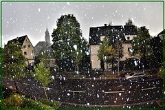 Zurich, April 2017: A Very Capricious Spring (2) (Ioan BACIVAROV Photography) Tags: snow snowstorm spring zurich bacivarov ioanbacivarov bacivarovphotostream interesting beautiful wonderful wonderfulphoto nikon journalism photojournalism city ville panorama
