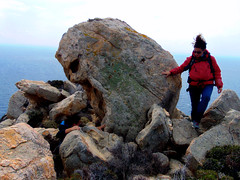 A day at an exhibition 342. Hard hiking, wild swimming and admiring rocks scuptured by nature in Cape Papas, Ikaria (angeloska) Tags: colors ikaria kavopapas opsikarias karkinagri trailofthelighthouseguards march girls rockclimbing hiking aegean greece sea rocks ικαρία καρκινάγρι κάβοπάπασ μονοπάτια hollowrocks οπσικαρίασ