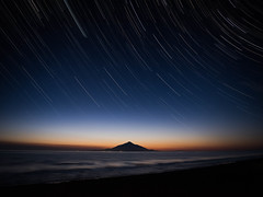 night and day (shingo7099) Tags: night day sunset star startrail mountain cold winter spring march hokkaido japan sky island water sea ocean wave country landscape trip travel holizont